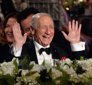 Mel_Brooks_41st_AFI_Life_Achievement_Award_04.jpg